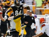 NFL Player Antonio Brown takes out Masturbation Rage on Innocent Caucasian Player (photo proof)